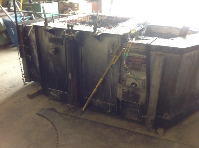Used Schaefer 4000 lbs Aluminum Holder