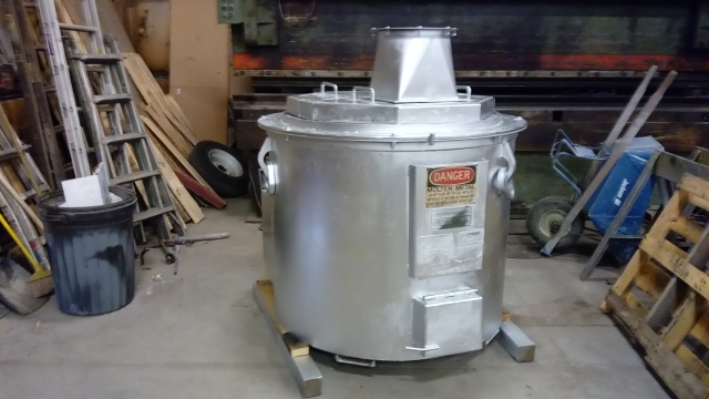 Used MPH gas fired 1000 lbs. pot furnace