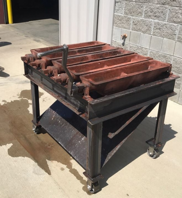 Used ALC-30 Mold Bench.