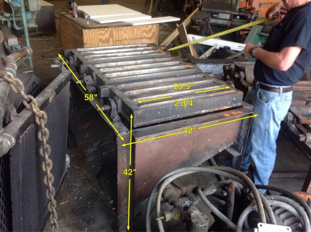 Used 3 Mold Zinc Bar Tabel