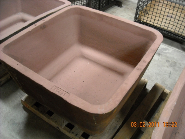 Used 1500 lbs sow molds